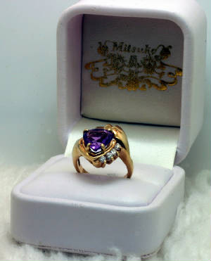 Ring, Amethyst Heart, 4 Diamonds, 14K Yellow Gold