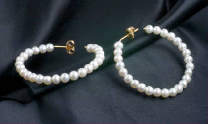 Freshwater Cultured Pearl Gold Hoop Earrings 5741
