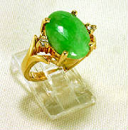 green jadeite 14 K gold ring with diamonds