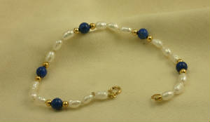 Lapis Lazuli and Biwa Cultured Pearl Gold Bracelet