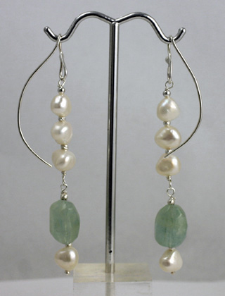 Sterling Silver Wire Earrings, freshwater Cult pearls, aquamarine