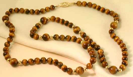 Tiger eye bead necklace with gold clasp