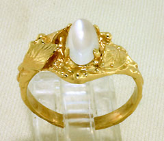 Moonstone Gold Ring, Leaves and Dewdrops Style