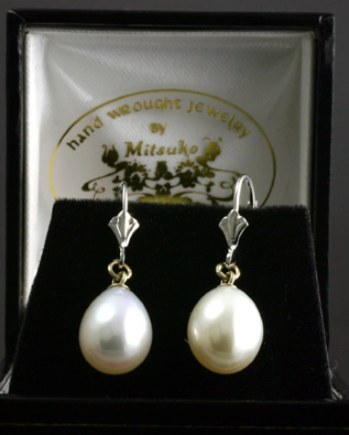 Dangling Earrings, pear shaped freshwater pearls